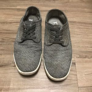 Men's 9.5 Grey Steve Madden Shoes
